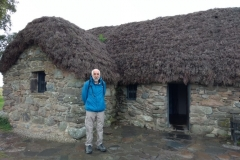 03-Restored-18th-Century-Leanach-Cottage-roof-thatched-using-heather-from-the-battlefield